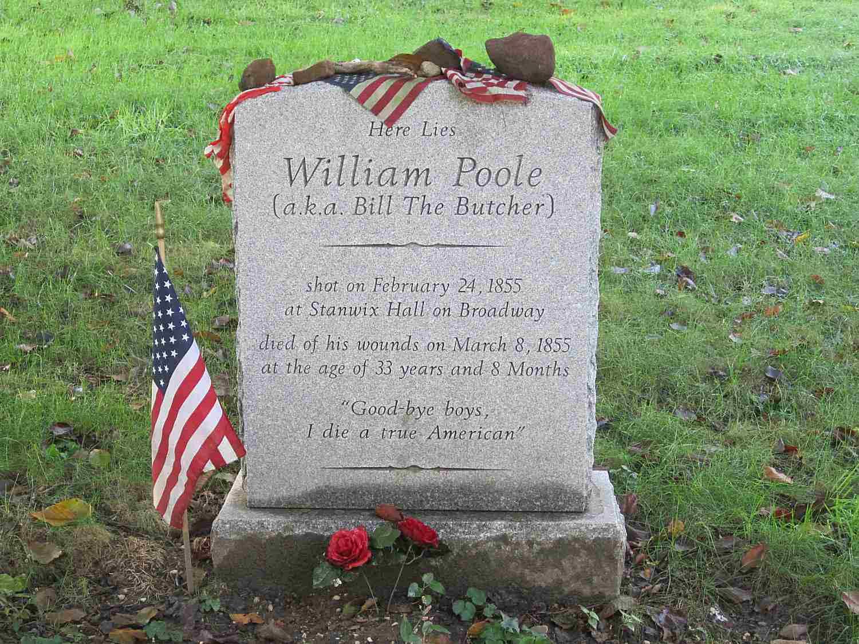 Grabstein von Bill Poole auf dem Green-Wood Cemetery