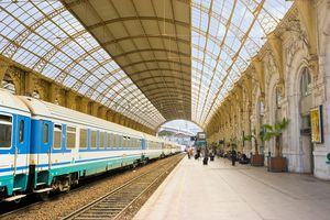 Nice-Villd train station