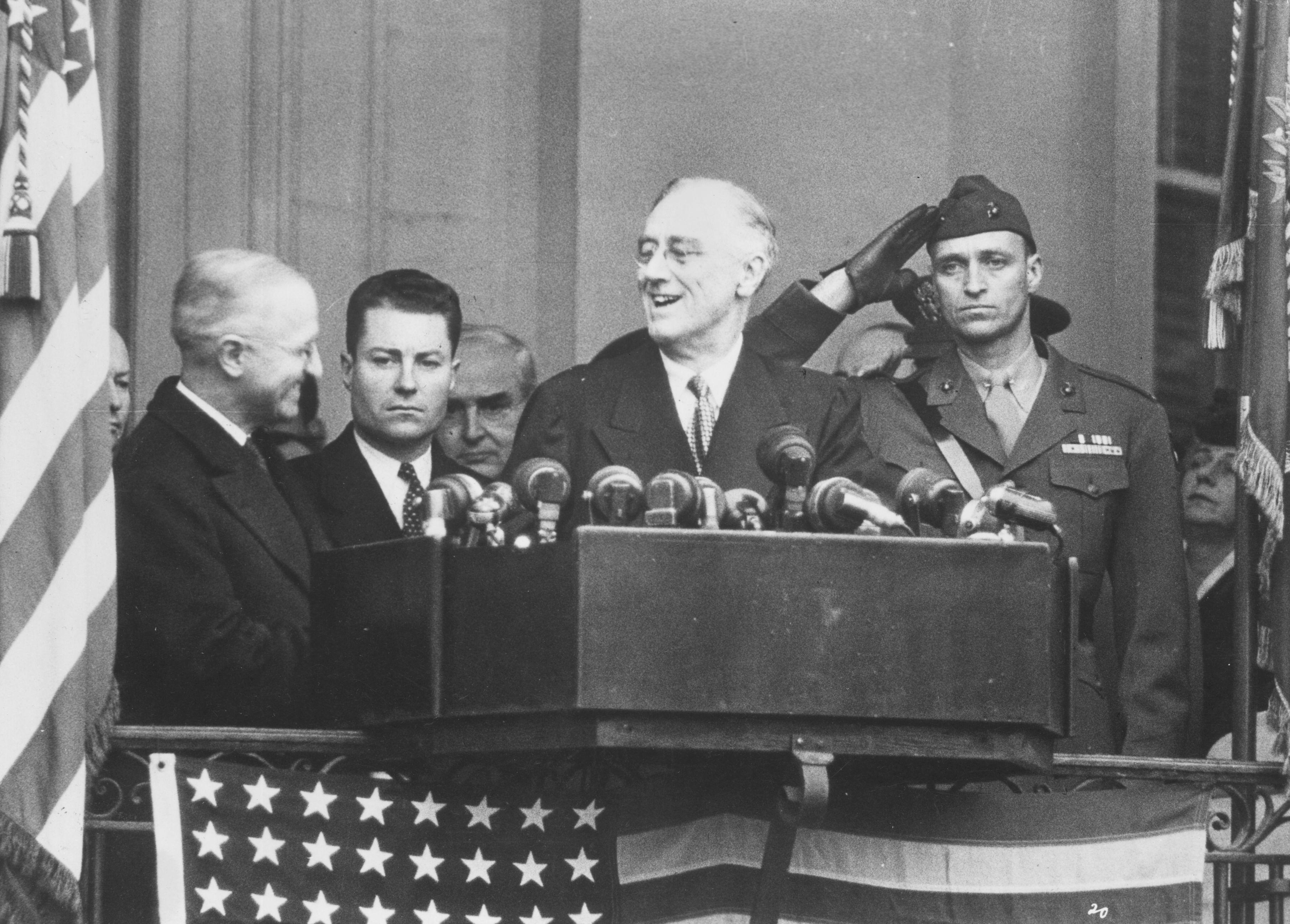 FDR giving a speech