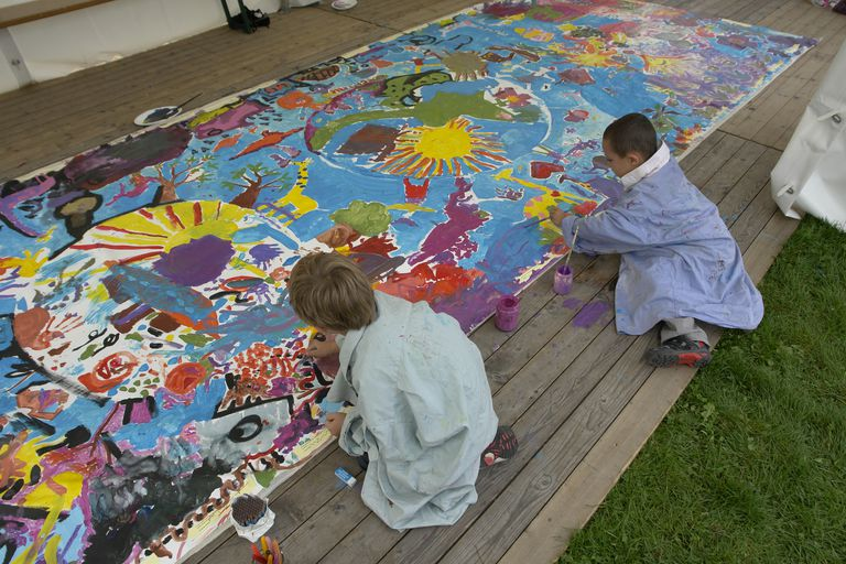 Painting by children, International Peace Day 2009, Geneva