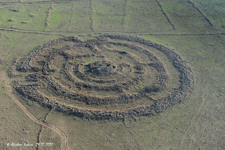 Rujm El-Hiri, megalithic monument in the Golan Heights, ID 16-4007-101