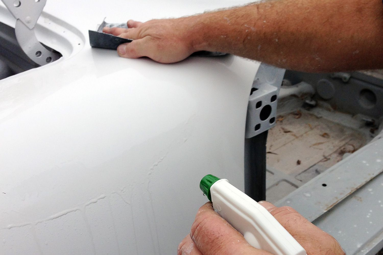 Wet Sanding Clear Coat >> Learn How to Wet Sand Your Car's Primer or Paint