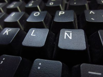 Typing Spanish Accents and Punctuation on a Mac