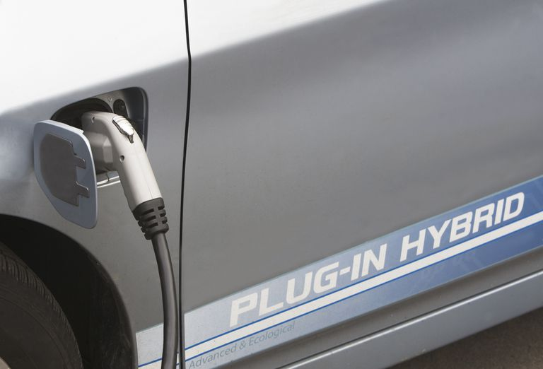 Charging a hybrid vehicle