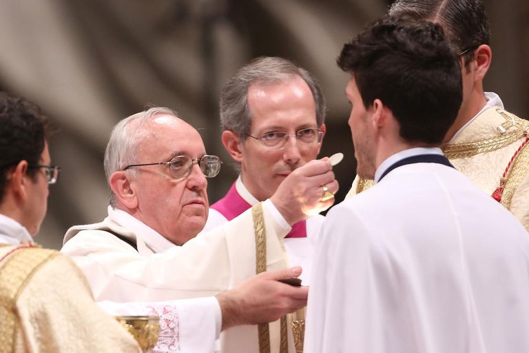 Pope Francis Distributing Communion