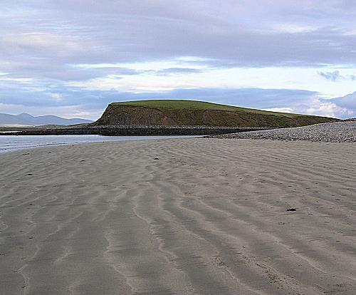 Long sandy landmarks