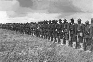 Image of the Harlem Hellfighters standing in formation