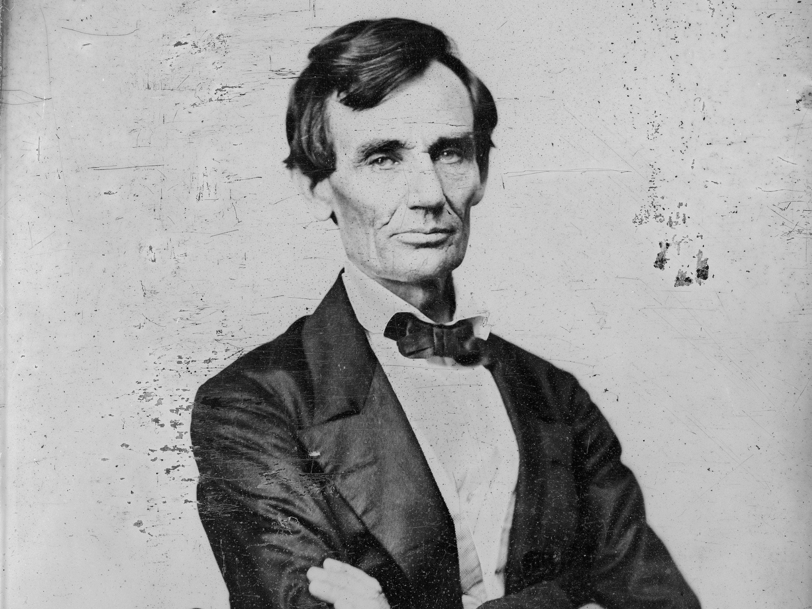 Abraham Lincoln Statues (3) -- Postcardy.com