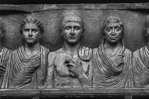Roman Family Funeral Slab 1st C