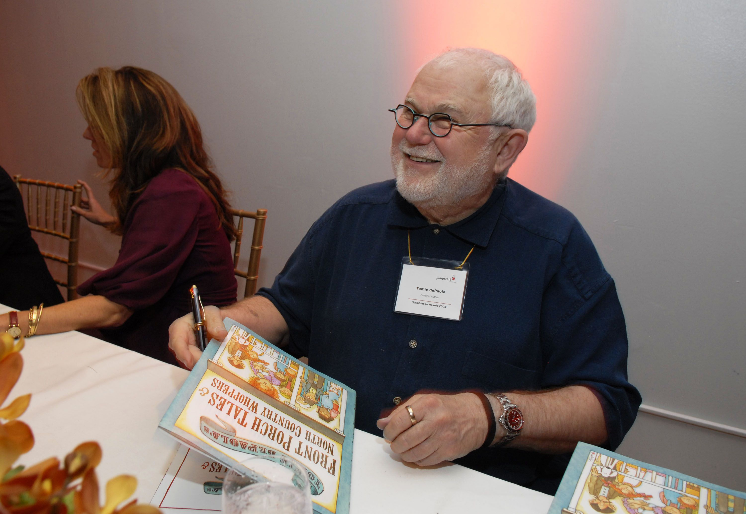 Biography of Children's Author Tomie dePaola