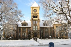 Whitman College, Memorial Hall