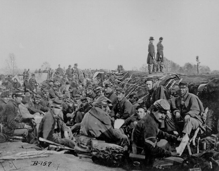 Union forces at the Battle of Petersburg, 1865