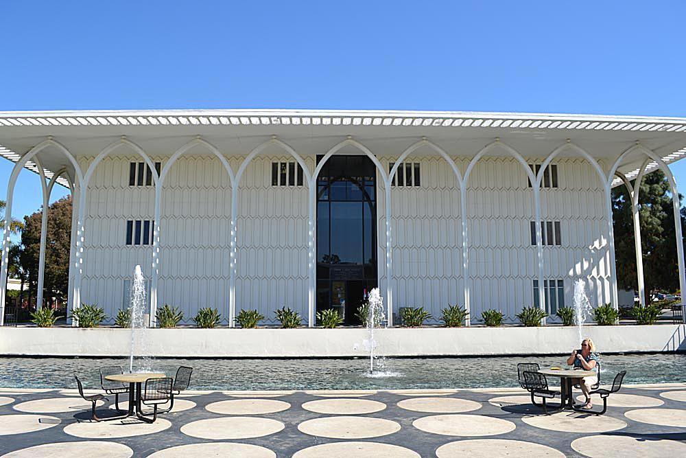 Foley-Building-Loyola-Marymount.jpg
