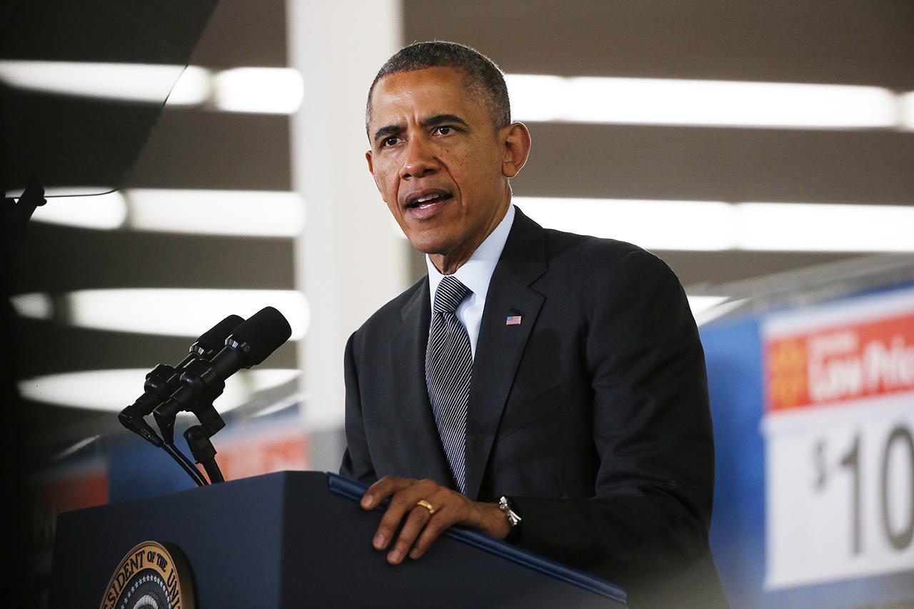 President Obama Speaks On Energy Efficiency At Mountain View Walmart