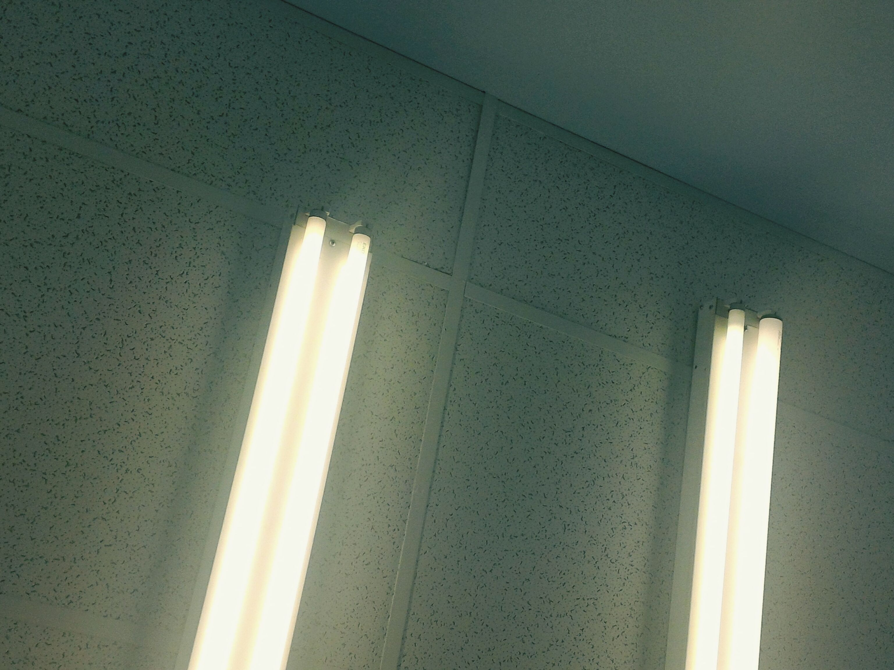 Problems With Fluorescent Lights