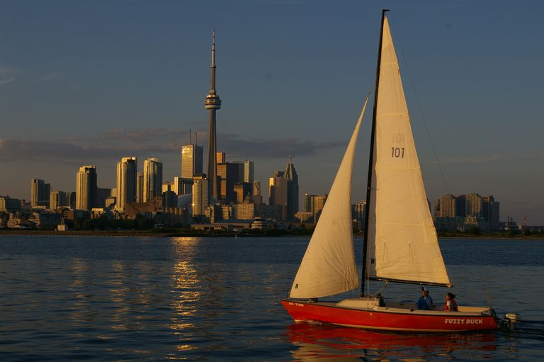 Sailboat in front of Toronto skyline