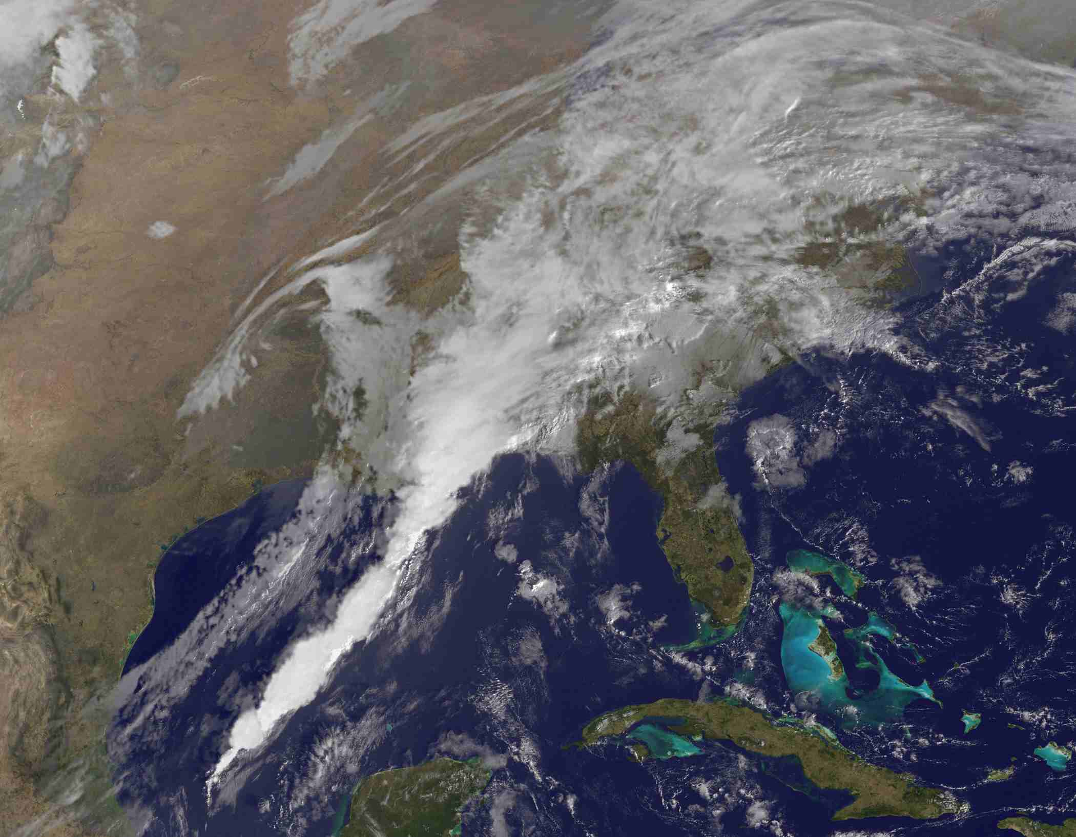 Satellite image of weather localized over the southeastern United States, Cuba, and the Gulf of Mexico