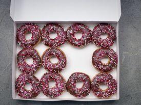 Box of 11 doughnuts