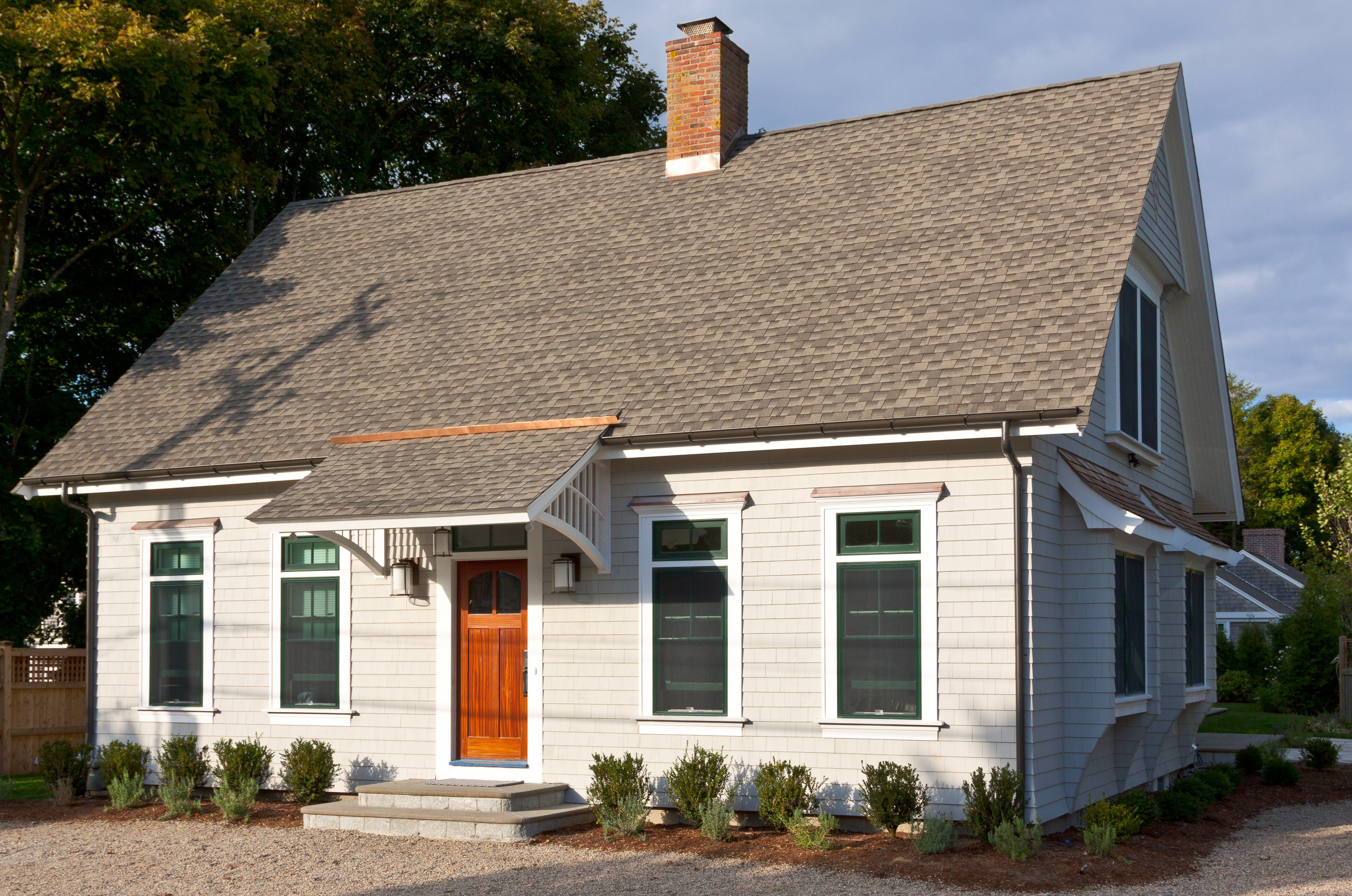Center Chimney Cape Cod Style Home 5 Bay Facade No Dormers Shed