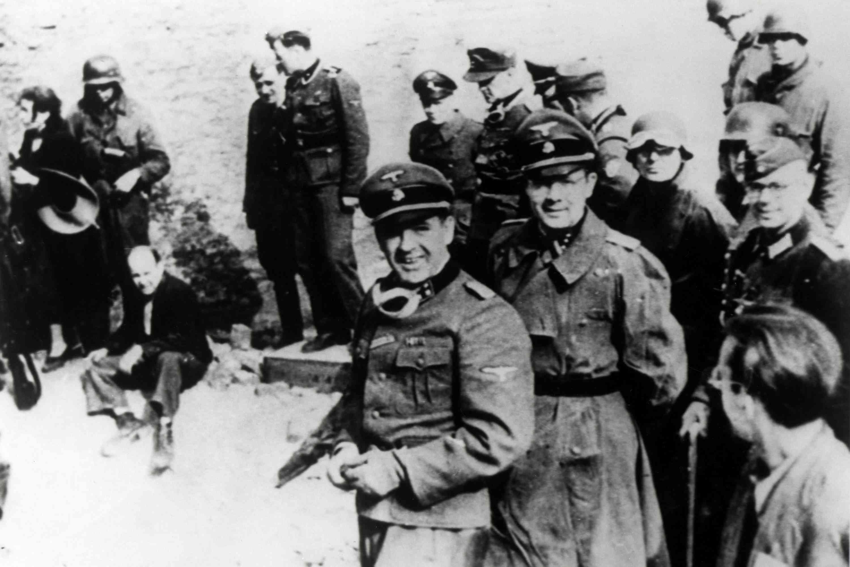 photo of SS Commander Jurgen Stroop in the Warsaw Ghetto