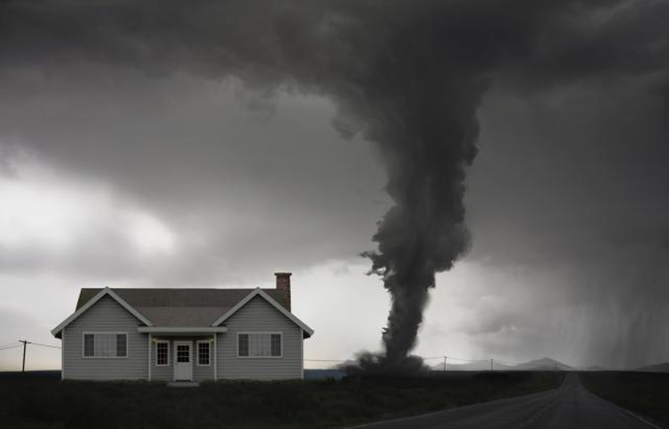 7 Things You Should Never Believe About Tornadoes