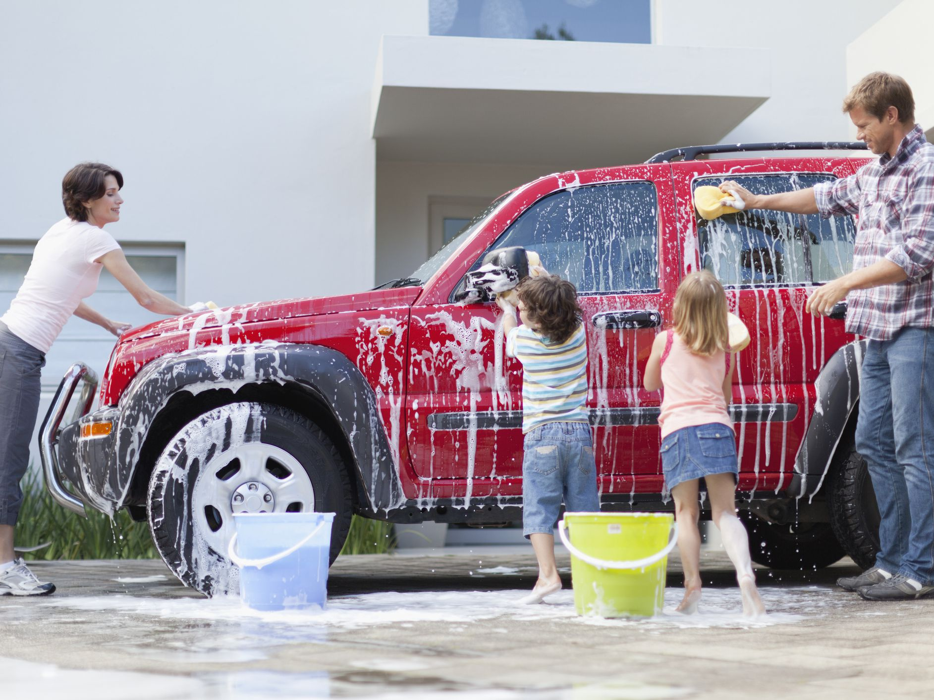 Eco-Friendly Car Washing: By Hand or at the Car Wash?