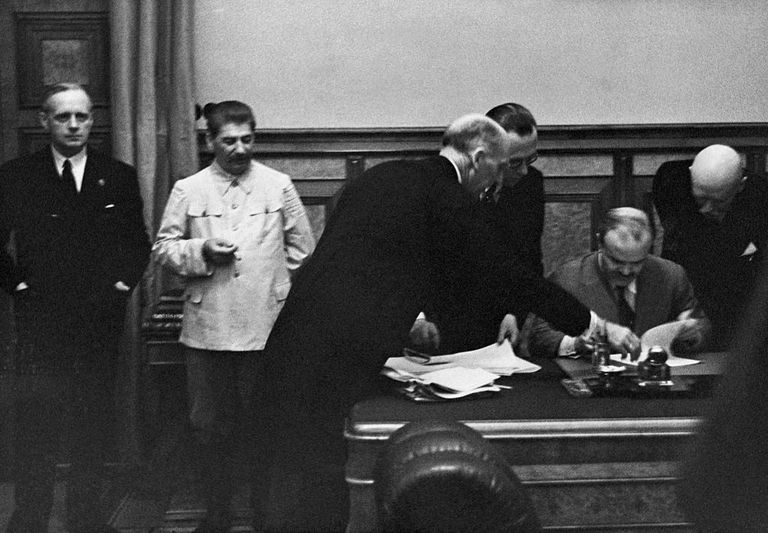 Signing of Non Aggression Pact