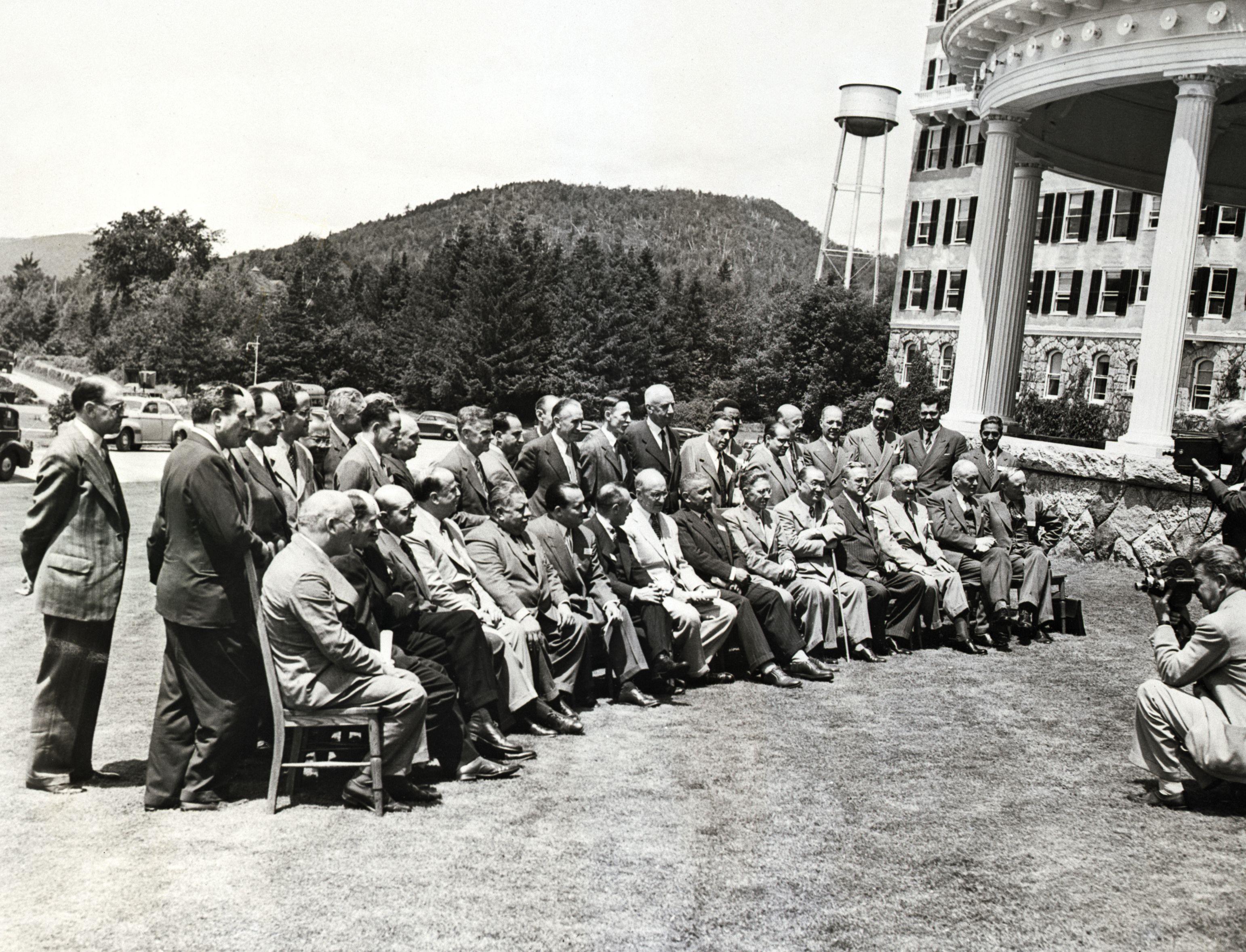 Understanding The Bretton Woods System