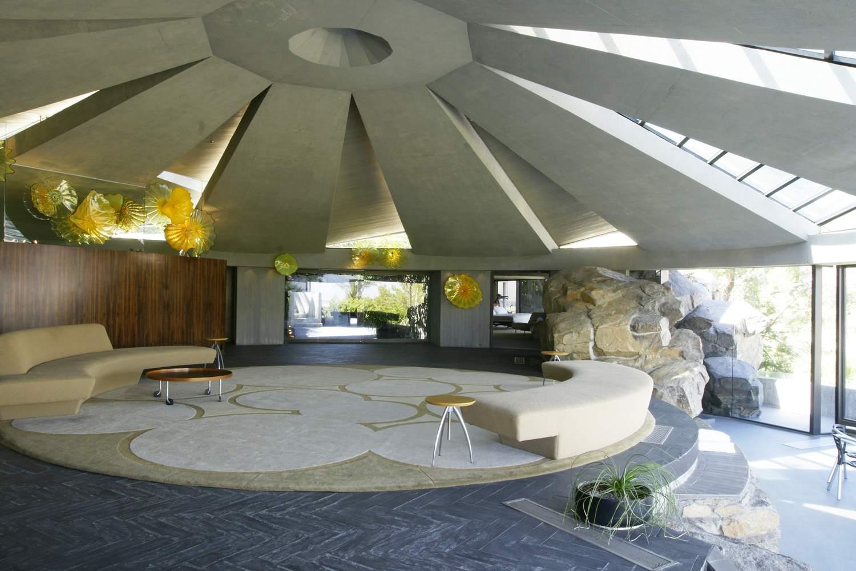 Κυκλικό δωμάτιο στο Elrod House στο Παλμ Σπρινγκς της Καλιφόρνια