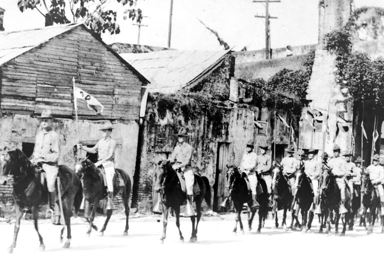 U.S. mounted Marines entering Santo Domingo, Dominican Republic, during occupation of 1916