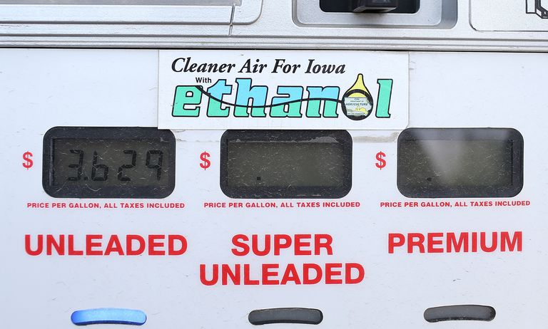 Gas pump showing prices for Iowa ethanol alternative fuel