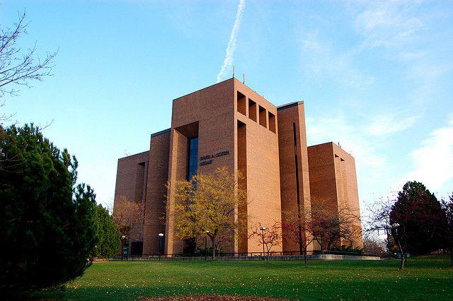 University of Wisconsin Green Bay Cofrin Library