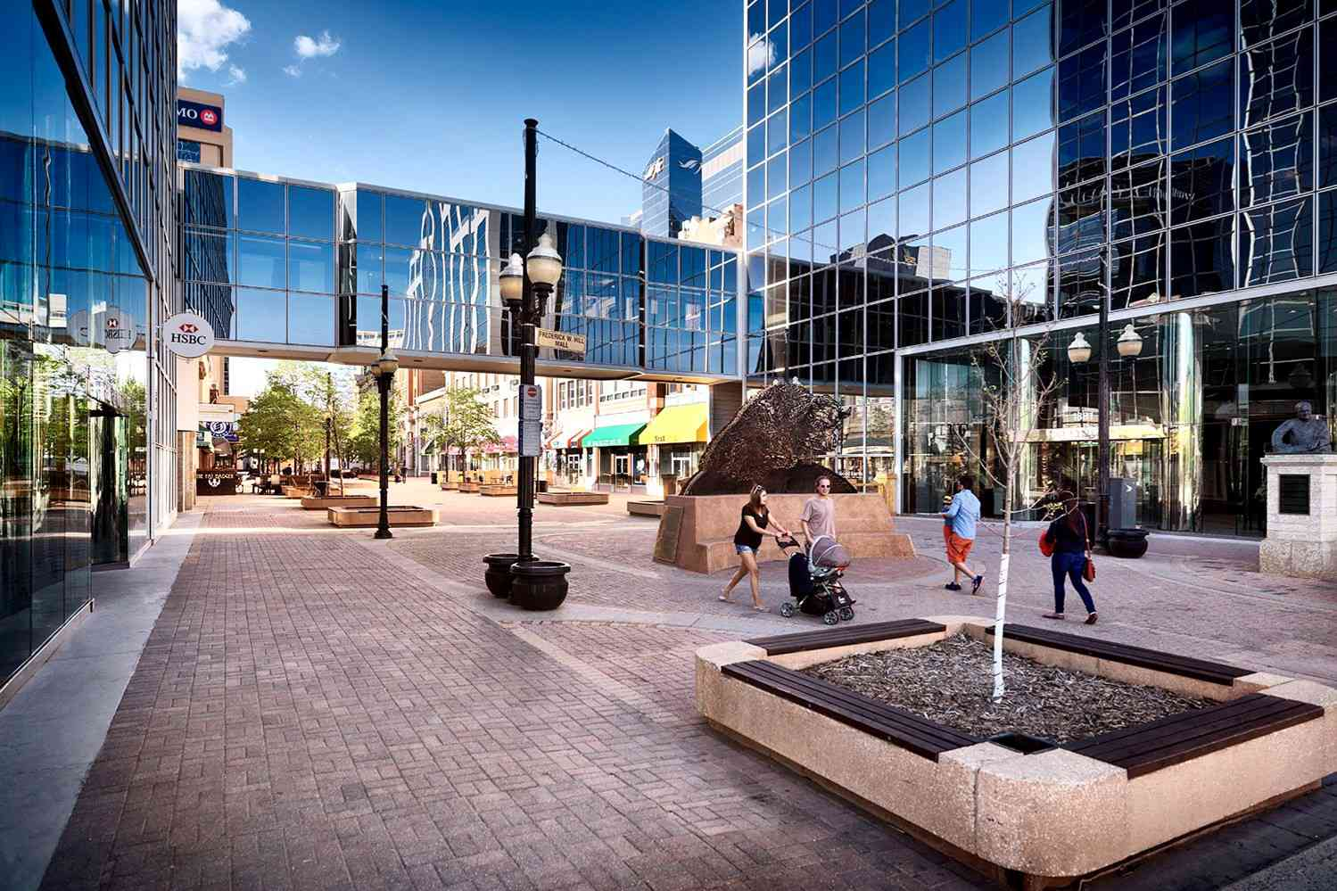 Downtown city scenery of Scarth Street Mall in Regina