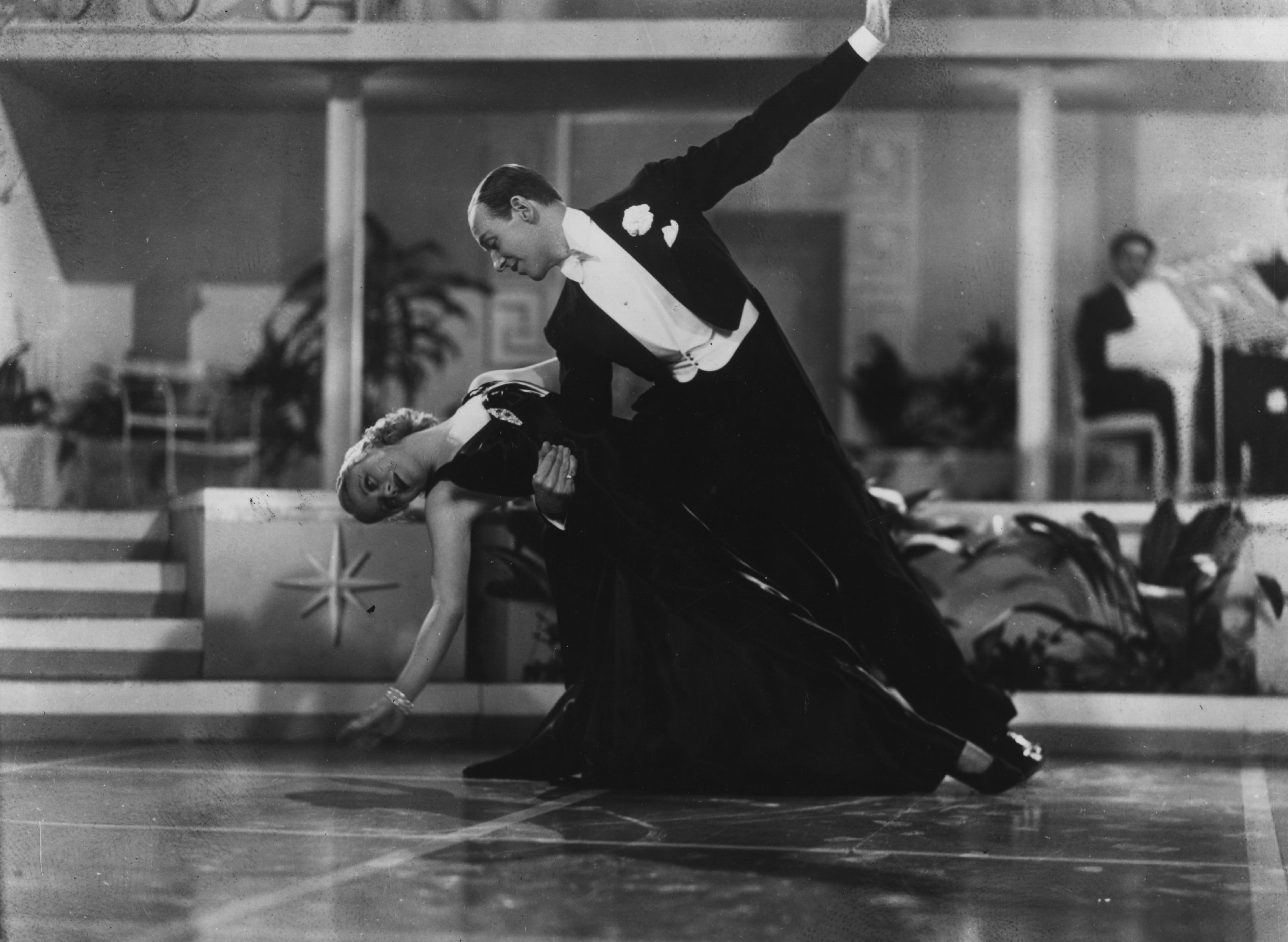 Biography of Fred Astaire, Legendary Dancer and Movie Star