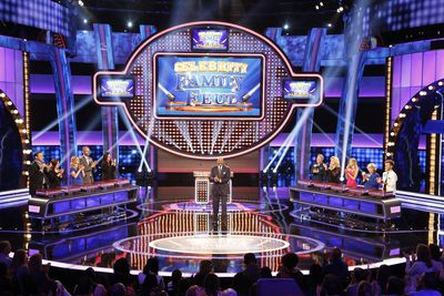 5 easy ways to study for a game show preparation tips for contestants family feud game show set solutioingenieria Images