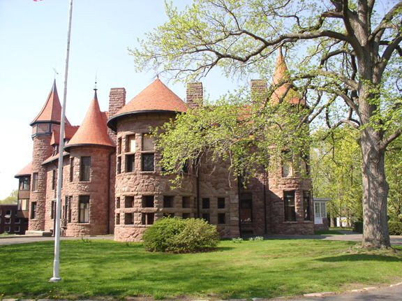 Iviswold Castle at Felician College