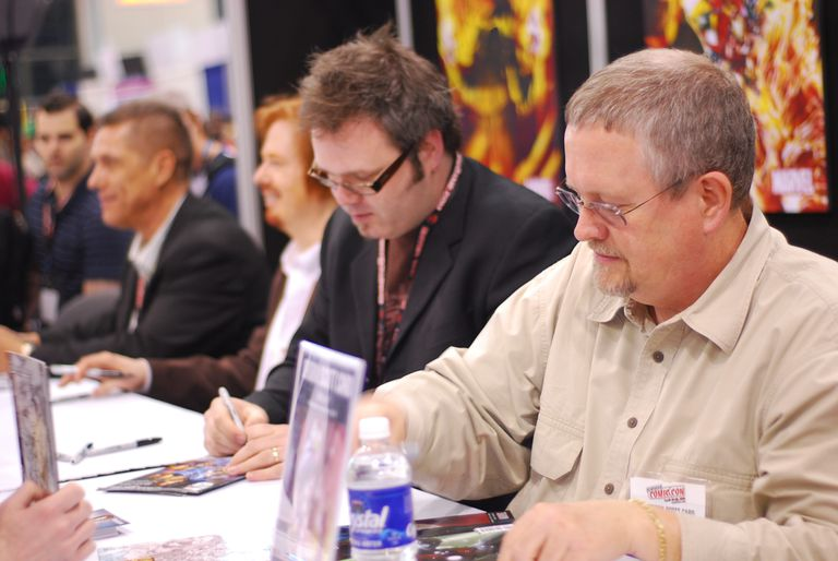 Orson Scott Card at the 2008 Comic-Con's autograph table.