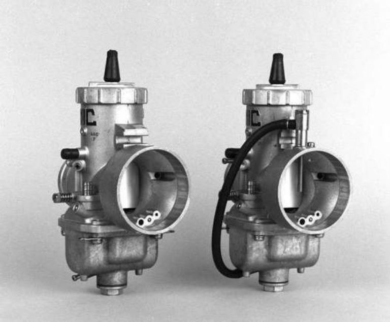 Power jet carburetors