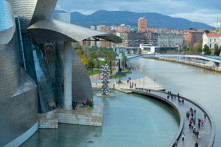 Elevated view of the pedestrian walkway in front of the Guggenheim Museum Bilbao in Biscay, Spain