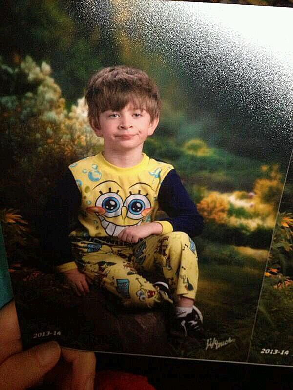 260649f41 Meet the Pajama Kid Internet Meme