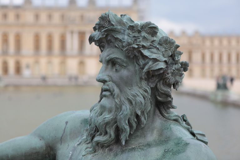 Close up of statue Of Zeus.