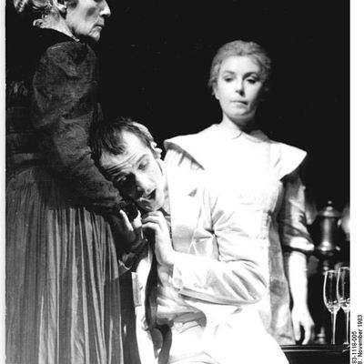 the success of act i of hedda gebler by henrik ibsen Hedda gabler was published in copenhagen on december 16, 1890 this was the first of ibsen's plays to be translated from proof-sheets and published in england and america almost simultaneously with its first appearance in scandinavia.