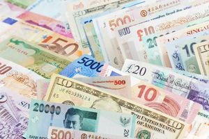 Different types of paper currency