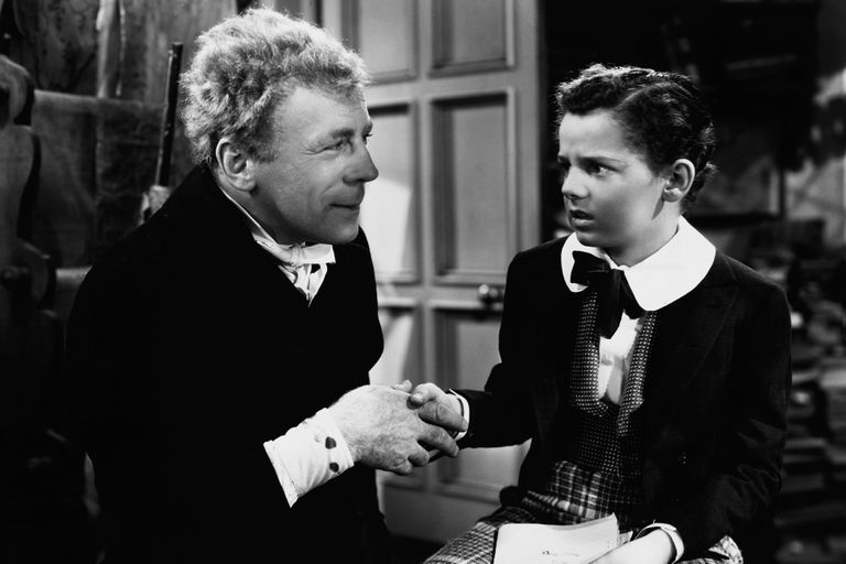 Roland Young as Uriah Heep and Freddie Bartholomew as the child David Copperfield