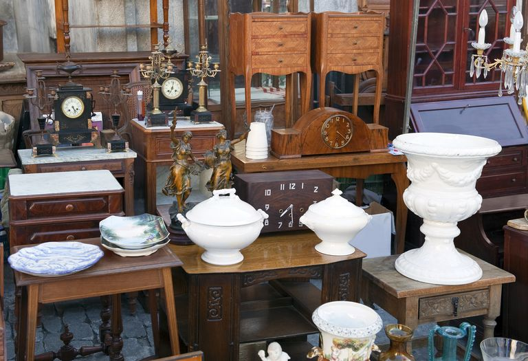 Flea Market - How To Sell Your Stuff, Collections, And Junk