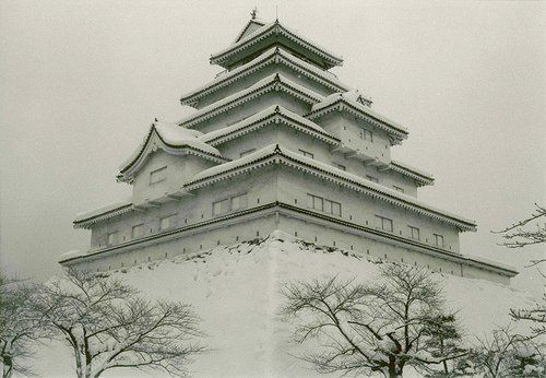 Tsurugajo was destroyed in 1874, at the beginning of the Meiji Period, and rebuilt in 1965.