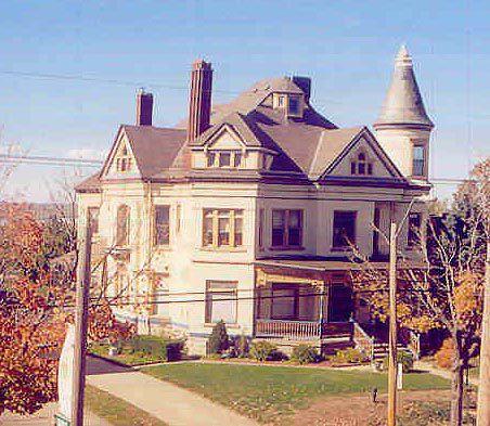 maison Queen Anne construite pour un baron du bois