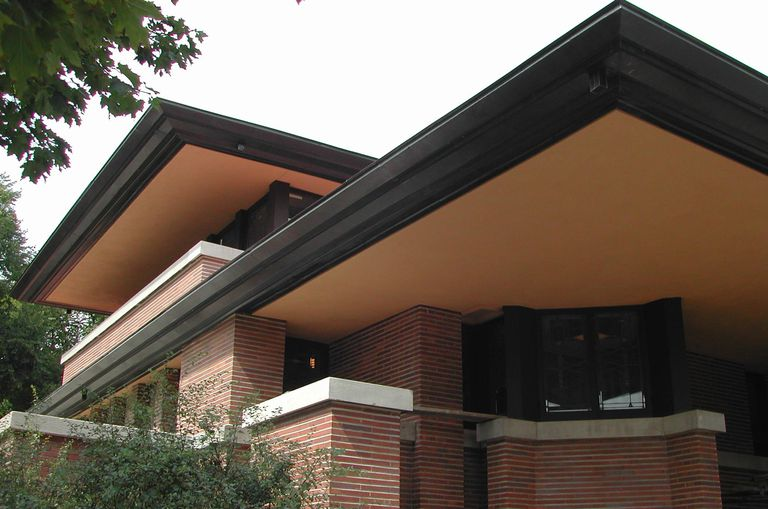 detail of exterior east cantilever and south bedroom cantilever, the soffits replastered and painted their original color