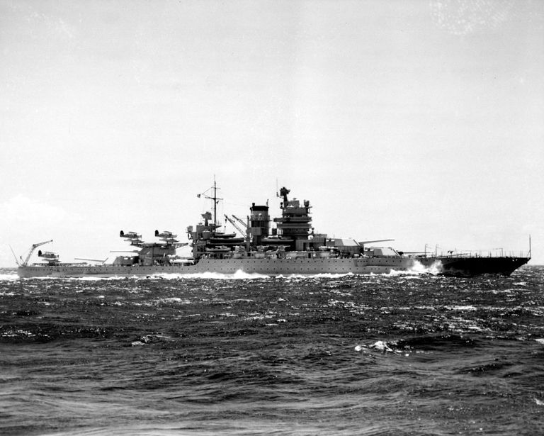USS Mississippi (BB-41) at sea