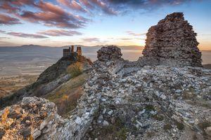 Bulgarian-fortress-in-Balkan-mountains
